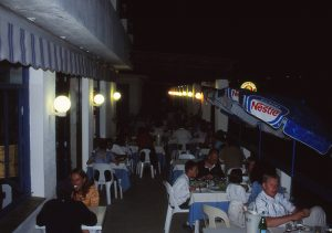 entspannter Abend auf der Terrasse des Le Grand Large