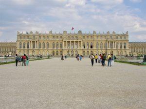 Das Schloss von Versailles (Gartenseite)