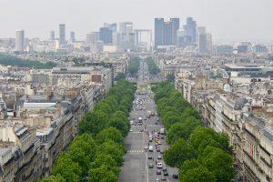 """""""La Defense"""" - Paris' Zeichen für die Zukunft"""