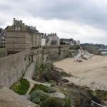 im 18./19. Jhd. unter Robert Surcouf (1773-1827) berüchtigte Piratenfestung: St. Malo an der Nordküste