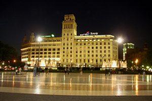 der Placa Catalunya - Ausgangspunkt für alle Ziele