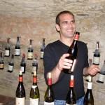"""Jean-Baptiste Fruchaud von der Cave du Verger des Papes können wir als Kenner der göttlichen Weine von Chateauneuf-du-Pape nur wärmstens Empfehlen! Wenns nach ihm ginge, wären wohl fast alle Weine """"smooth""""!"""
