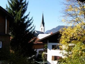 Oberstdorf im Allgäu - enge Gassen, viele Geschäfte