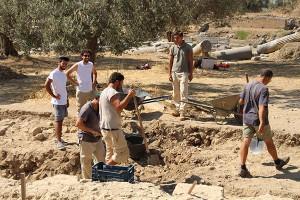 Archäologen im Sommer 2013 am Praeterium von Gortyn