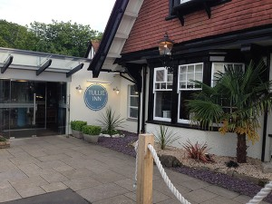 Das Tullie Inn in Balloch am Loch Lomond