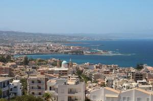 Chania liegt im Westen Kretas an der Nordküste