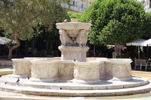 Der Morozini Brunnen aus 1629 im Herzen von Heraklion