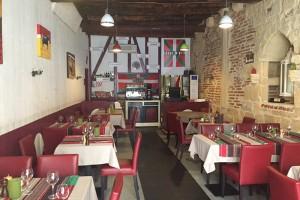 Das Restaurant Euskadi zwischen dem Herzen von Bergerac und dem Hafen