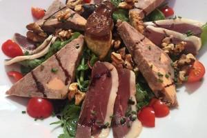 """""""Salad Perigourdine"""" - Pflicht im Perigord - doch die Qualität der Zutaten machts aus!"""
