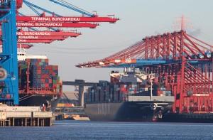 Der Burchardkai ist der Anlaufpunkt für riesige Containerschiffe