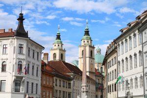 Die St. Nikolaus-Kathedrale im Herzen von Ljubljana