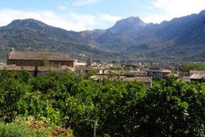 Die wilde Bergwelt von Mallorca oberhalb von Valldemossa begeisterte bereits den Pianisten Frédéric Chopin. Foto: Hans-Martin Goede