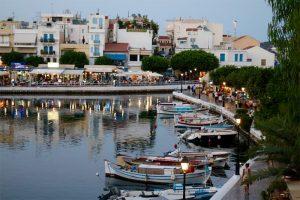 am inneren Hafen von Agios Nikolaos