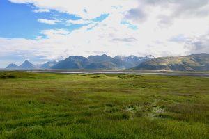 die Eastfjords von Island - gegen das Licht fotografieren ist nicht so einfach, wenn man auf der Nordseite des Alftafjördur steht ;)