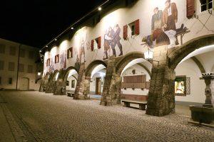 """im Schlosshof von Berchtesgaden """"bei Nacht"""""""