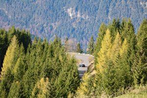 die Roßfeld-Panoramastraße zwischen Österreich und Deutschland