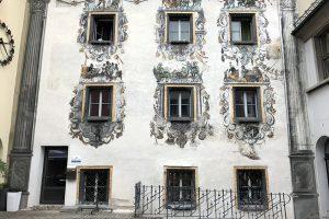 viele Häuser in Berchtesgaden sind aufwändig bemalt