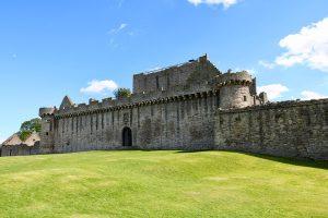 Craigmillar Castel liegt am südlichen Stadtrand von Edinburgh