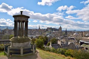 """Photographers Point"" - das Dugald Stewart Monument am Calton Hill"