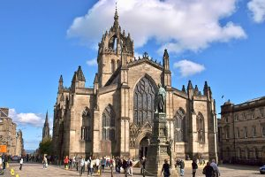 die St Giles Cathedral an der Royal Mile