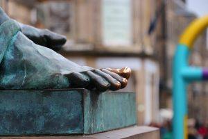 der goldene Zeh von David Hume