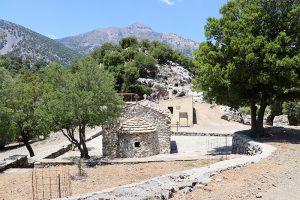 Agios Ioannis mit den Quelltöpfen