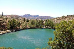 Blick auf den Votomos See bei Zaros