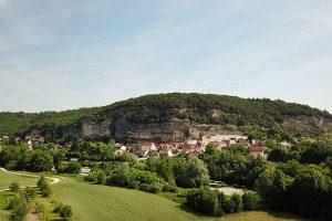 Les Eyzies - neben Montignac der bekannteste Ort an der Vezere