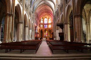 die Kathedrale von Nevers