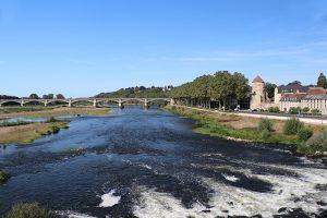 die Loire in Nevers - kurz vor dem Zusammenfluss mit der Allier