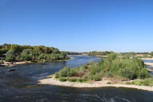 die Loire in Amboise - noch hat sie ihren typischen Charakter mit Seiten- und Nebenarmen