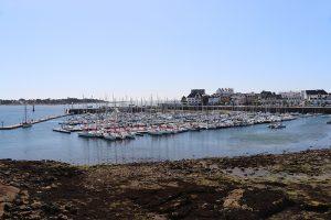 der moderne Yachthafen von Concarneau