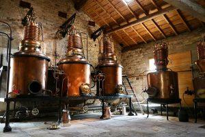 """historische Brennblasen im """"Ecomusée Fougerolles"""""""