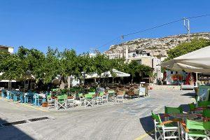 der Dorfplatz von Matala (2021)