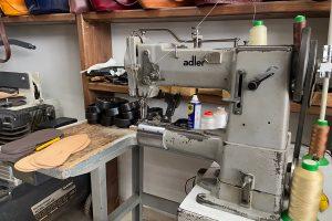 Handwerkstisch von Kypraiou Chrysa in Mires