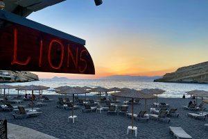 Abendstimmung am Strand von Matala im Lions